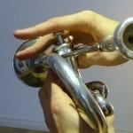 trompete-schlechte-finger1